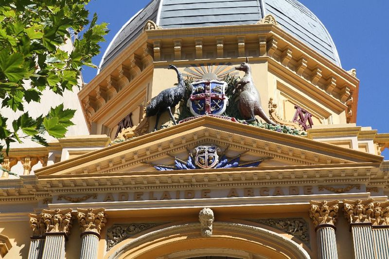 Adelaide Arcade's Coat of Arms, Rundle Mall, 2014