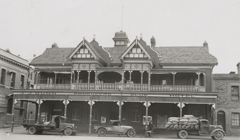The Producers Club Hotel, 29 August 1941
