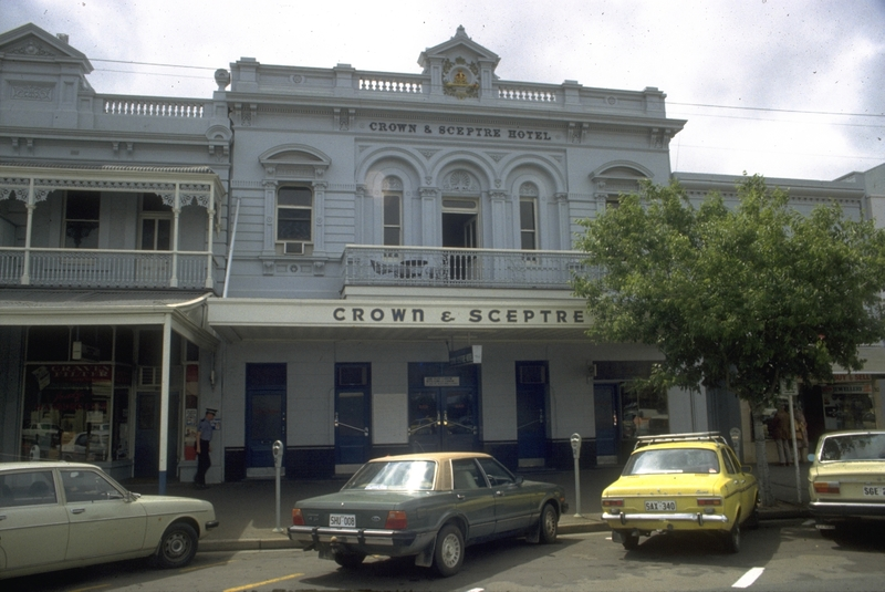 Crown and Sceptre Hotel, c1970s