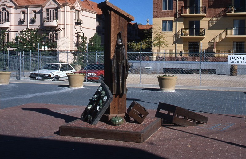 <em>The Apron</em> shortly after it was installed as part of the East End Market redevelopment, c1997.