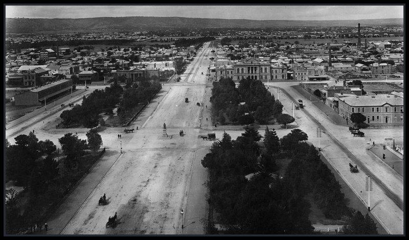 Victoria Square, 1895