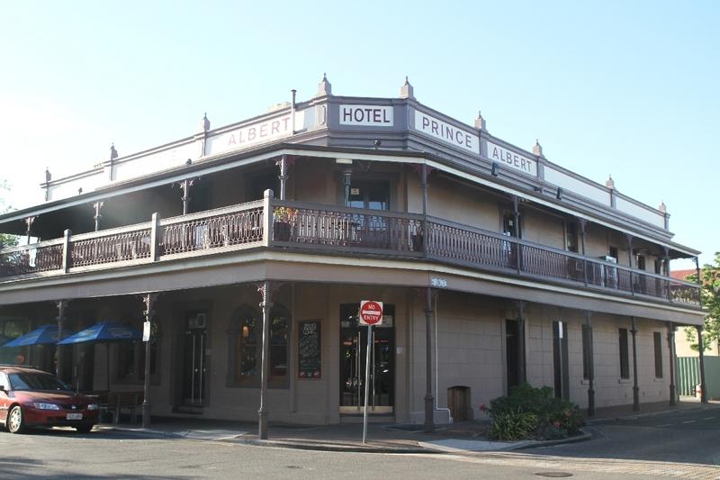 Prince Albert Hotel, Wright Street, 2014