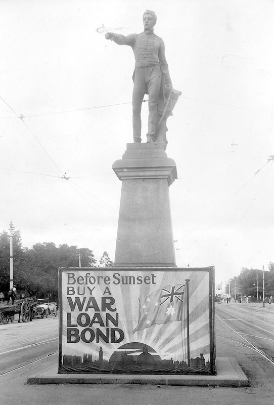 Colonel William Light statue in original Victoria Square position, 1917
