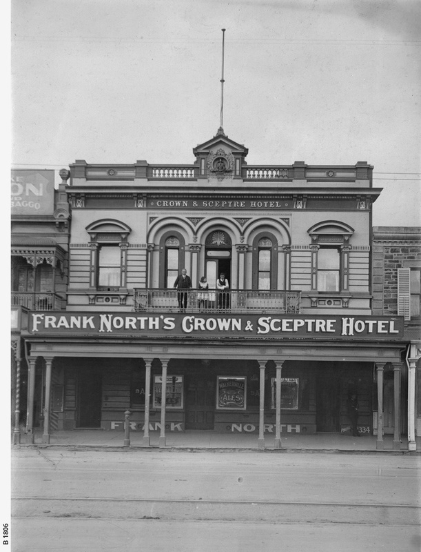 Frank North's Crown & Sceptre Hotel