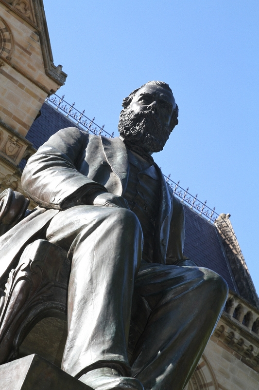 Statue of Sir Walter Hughes, University of Adelaide